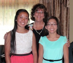 Manatee Chapter Registrar with her neices.